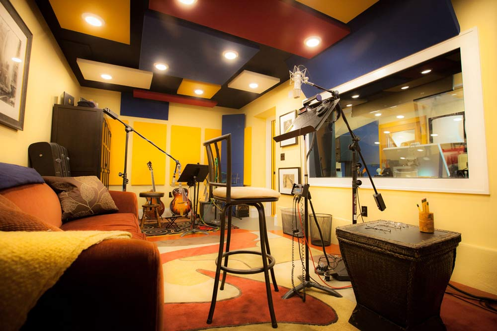 Minneapolis Recording Studio #9: Babble On - view of commercial sound room